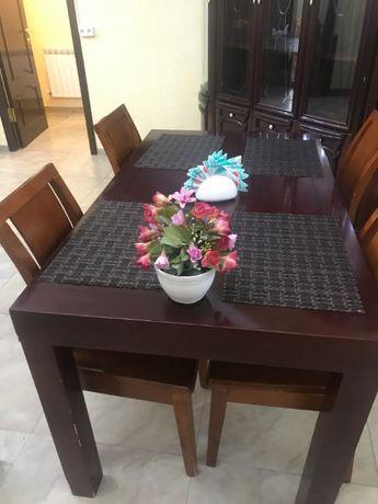 Столы стулья ресторанные с чехлами