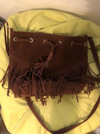 Кафява чанта с ресни велур