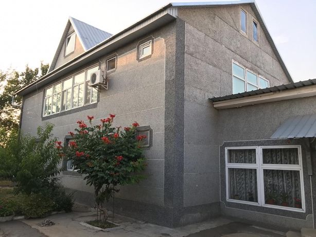 8 комнытный дом