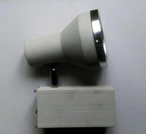 Прожекторы металлогалогенные 70W (цена за 3 шт). Светильник. Лампа