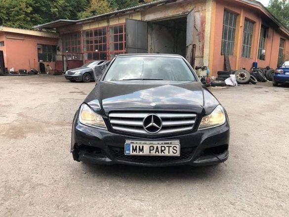 Mercedes W204 C220CDI 651 Facelift 170кс ръчка НА ЧАСТИ !