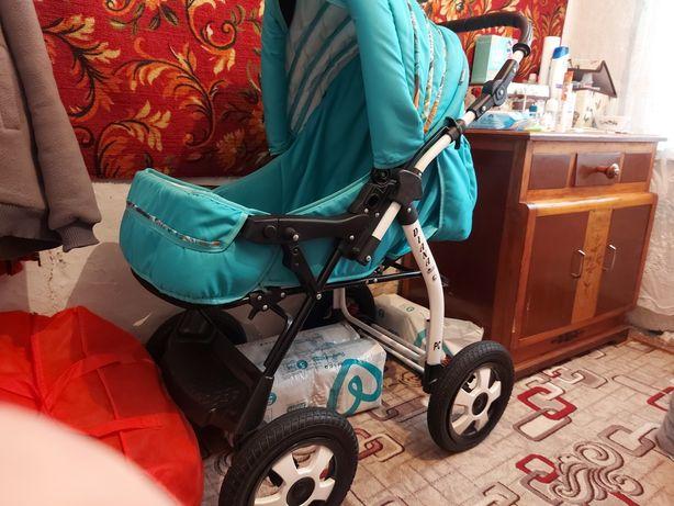 Продаётся детская коляска трансформер Зима, Лето производства Польша