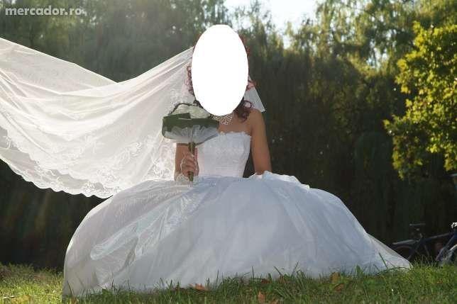 Rochie de mireasa model Nou,schimb cu AUR