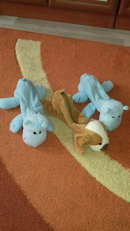 Три детски несесера.Запазени.Цена за трите 5 лв.