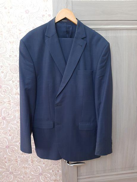 Мужской костюм производство Турция 58 размер темно синего цвета