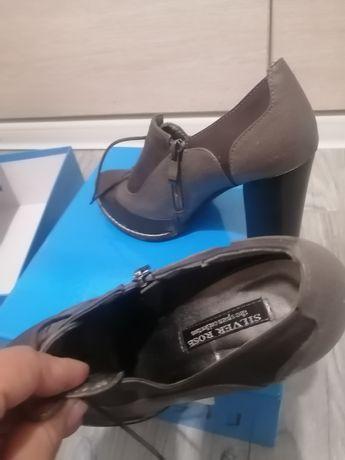 Обувь для женщин