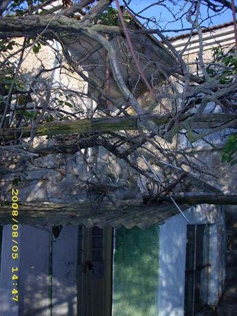 Двуетажна къща за реновиране с.Недялско