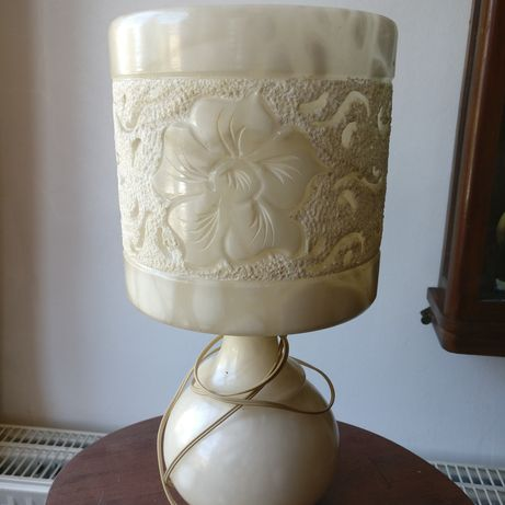 Lampa marnura sculptata manual