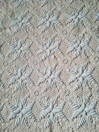 каренце, плетено на една кука