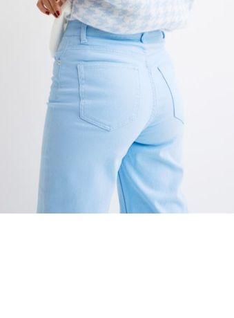 Брюки/джинсы цвет голубой, фирма H&M, в наличии два размера 34 и 36.