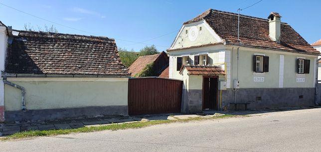 Casa la tara in comuna Marpod la 30 km de Sibiu
