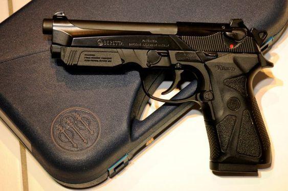 Pistol Airsoft BERETTA # CALITATE GERMANA # Putere maxima 4,6j