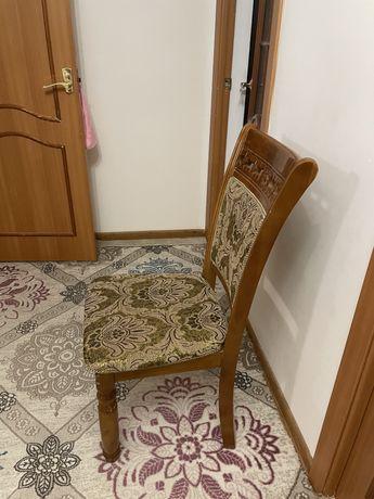 Стулья для гостиной и жилой комнаты