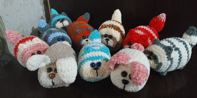 Плюшевые игрушки -котики