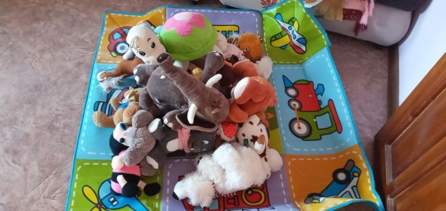 Игрушки детские в коробке