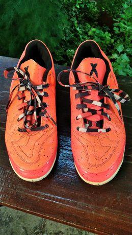 Маратонки Adidas 44