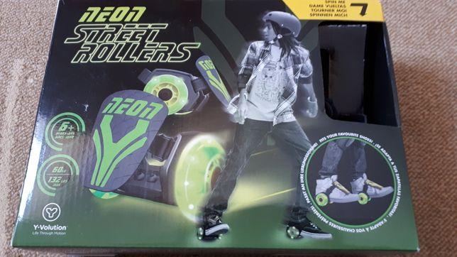 Neon street roller