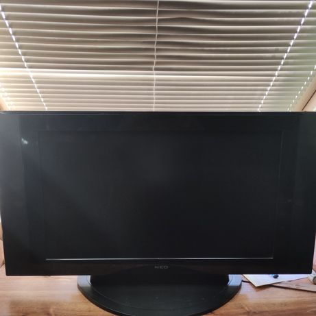 "36"" LCD телевизор."