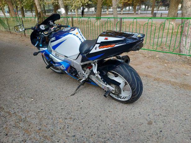 Suzuki gsx-R1000k