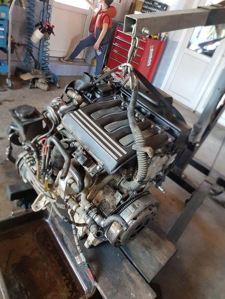 Motor Bmw 520d 136 cp