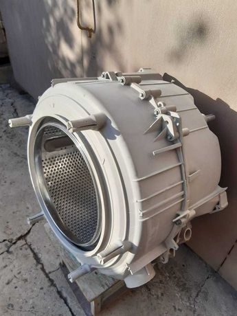 Бак стиральной машины Электролюкс на 5 кг.