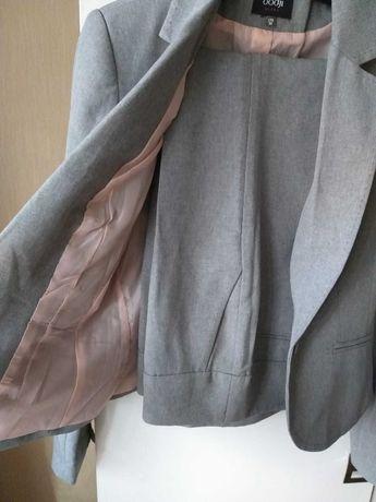 Классический деловой костюм, размер 42-44