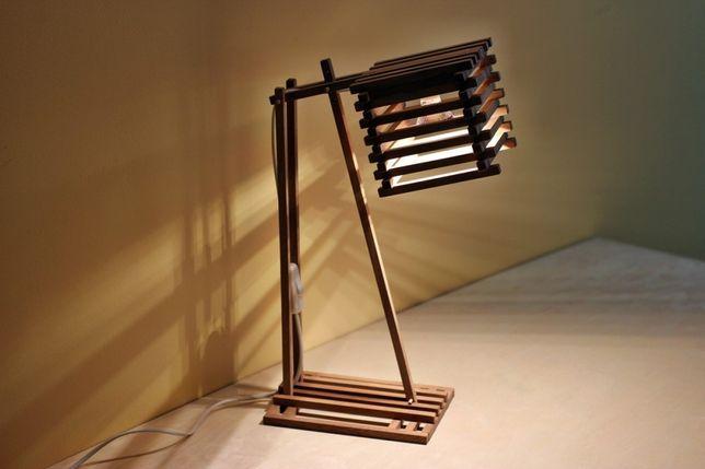 Lampa birou din lemn de mahon