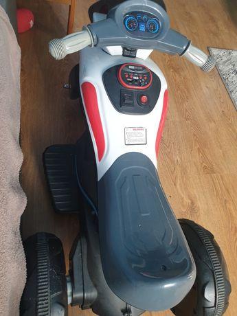 Tricicleta electrica