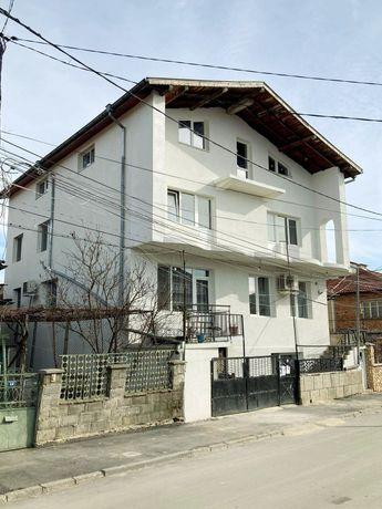масивна къща в Добрич