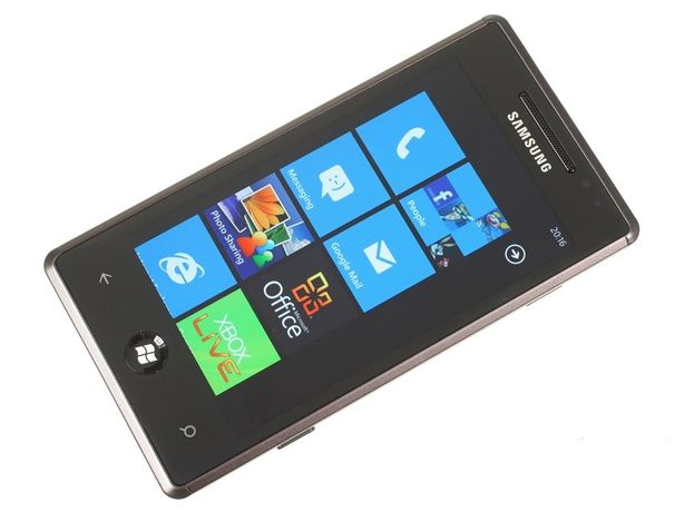 Samsung Omnia 7 GT-i8700, nou, fullbox, functional, pt. colectionari