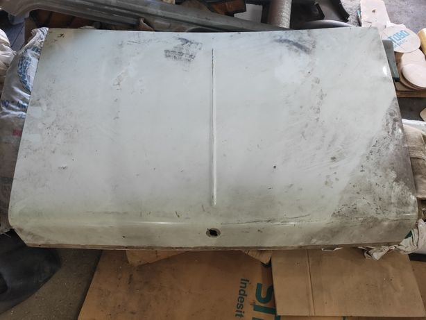 Крышка багажника газ 2410 Волга