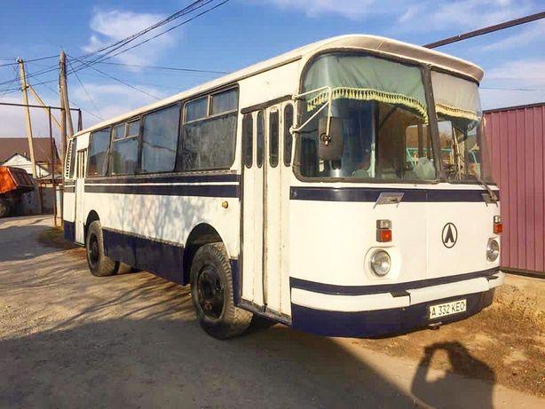 Автобус ЛАЗ 695 СССР советский ретро