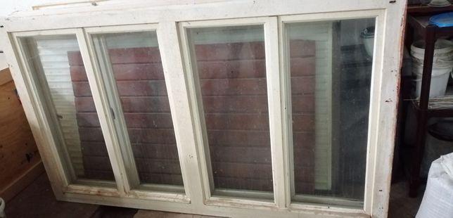 Vând geamuri lemn