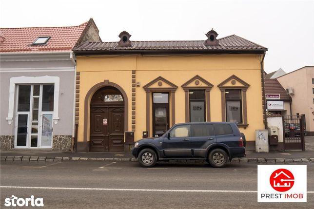 Casa pe strada Calarasilor, curte individuala
