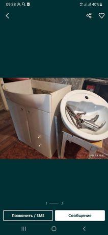 Раковина с тумбои для ванной комнаты