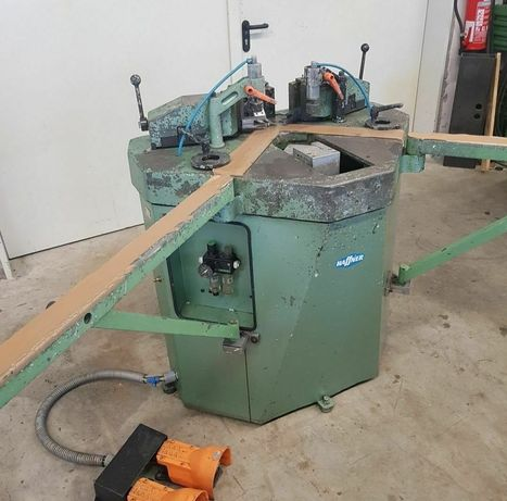 Автоматична ъглонабивна машина Pressta Eisele PV-10 за дограма