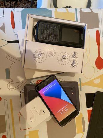 Iphone 8, 64 gd + nokia 800 tough