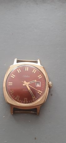 Продам часы советские