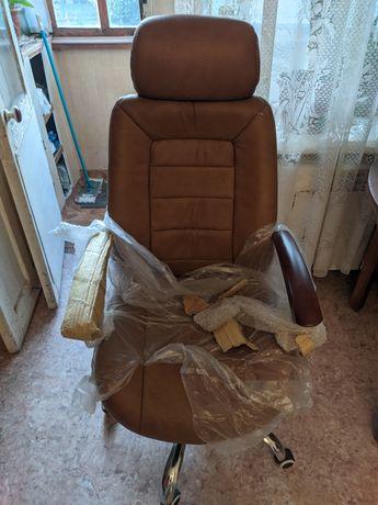 Офисное кресло новое