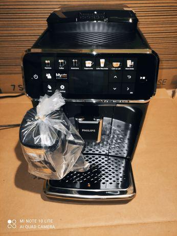 Espressor automat Philips seria5400 LatteGo NOU
