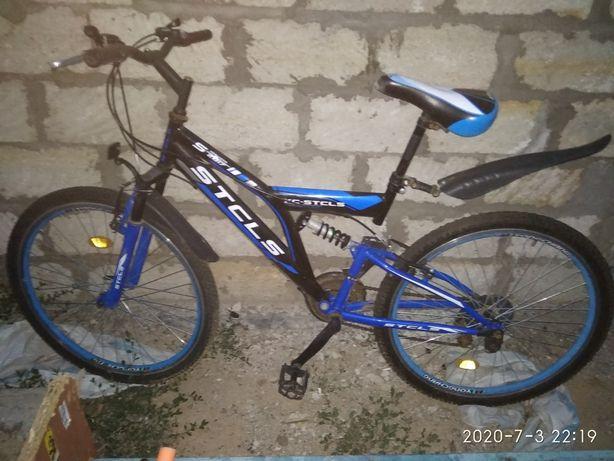 Продам спортивный велосипед.