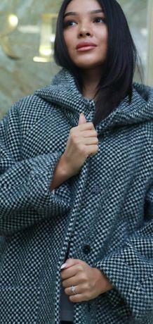 Продам пальто женское.