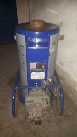 Продам котел (800 м2) отопления дизельный