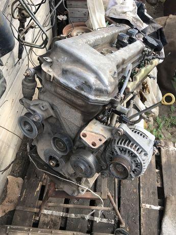 Двигатель 1ZZ Toyota Avensis