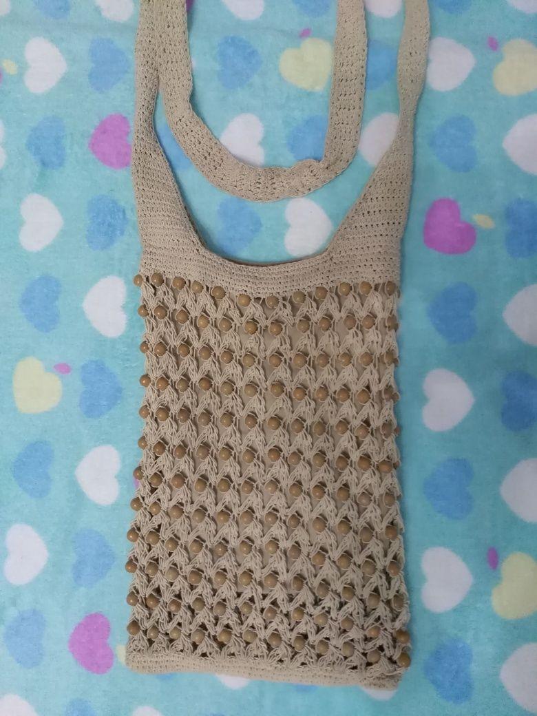 Срочно, отдам стильную вязаную сумочку. Сумка на лето
