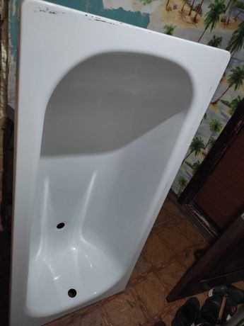 Продаем ванну недорого