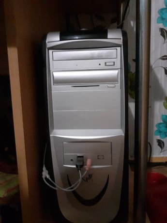 Настолен компютър+подарък принтер(мултифункционално устройство 3 в 1)