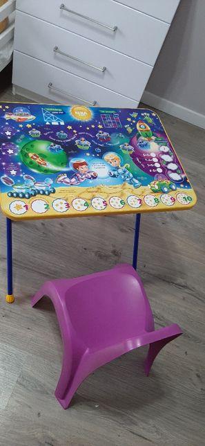 Продам детский стол и стул