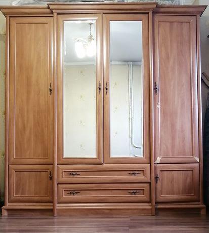 Шкаф, витрина навесная, комод, тумба прикроватная Кент