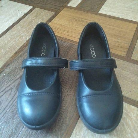 Детские туфли кожанные фирма  ECCO